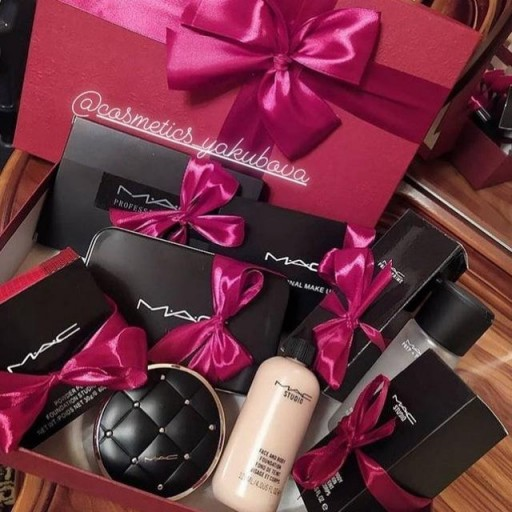 Cosmetics_yakubova